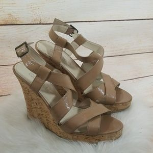 Colin Stuart strappy tan wedges size 8.5